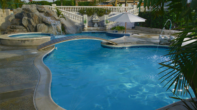 Custom Swimming Pools In California Swimming Pool