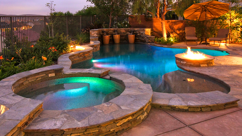 Custom Swimming Pools in California - Swimming Pool Company, Designs ...