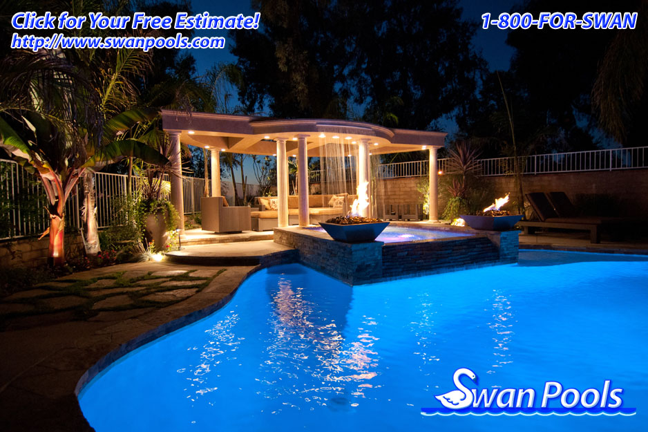 Infinity edge swimming pool installation swimming pool for Swimming pool installation companies